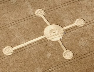 File:Celtic Cross Crop Circle Lurkeley Hill, near East Kennett, Wiltshire Reported 3rd August 2010.jpg